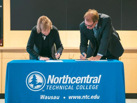 Leaders from NTC and Purdue University ink formal transfer agreement, giving NTC students the option to continue their learning at Purdue after graduating from NTC.